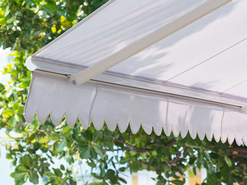 The Benefits of Awnings for Mobile Homes